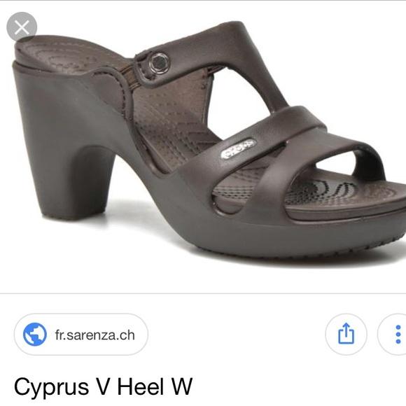 db3a996cb Crocs Cypress V heels